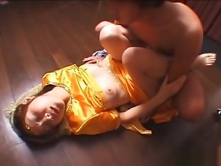 Coach precious Asian princess fucked by her crowned head