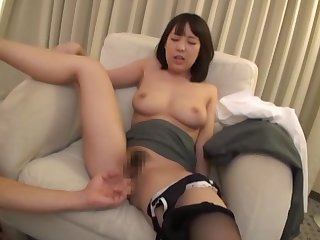 Asian couple having sex weekend at the hotel bedroom there cum on face