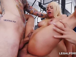 Luna Starlet is a immense culo light-haired doll who loves more get doublefucked, until she ejaculates