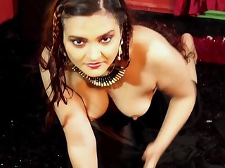 Dolon Black Saree solo Bare-ass
