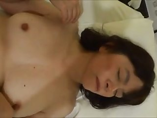Amateur ordinary looking wife with upfront tits is fucked missionary