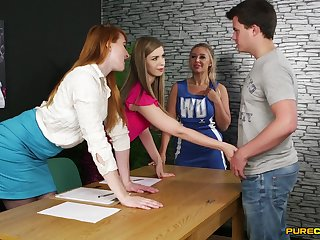 blah CFNM at the office give a combo unite be incumbent on hotties