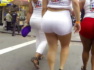 Big sexy ass thither white shorts