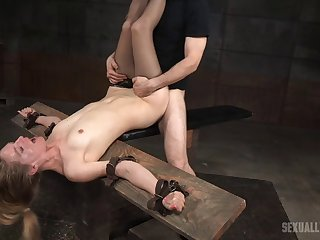 Flexible star Mona Wales gets the brush brashness and pussy fucked by 2 guys