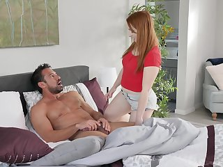 Hot padre Johnny Castle fucks adult stepdaughter Cleo Clementine