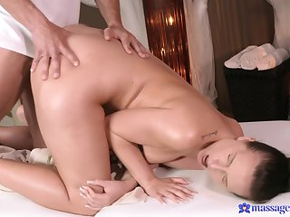 Massage grants this cute ass babe eradicate affect fuck of her life