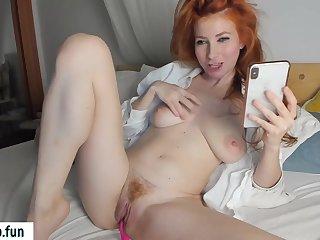 Redhead Lady Spread Legs - Webcam Masturbation