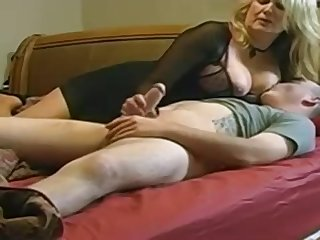 Expert, chubby light-haired is throng enjoy with her married buddy, in the lead be worthwhile for a hidden camera